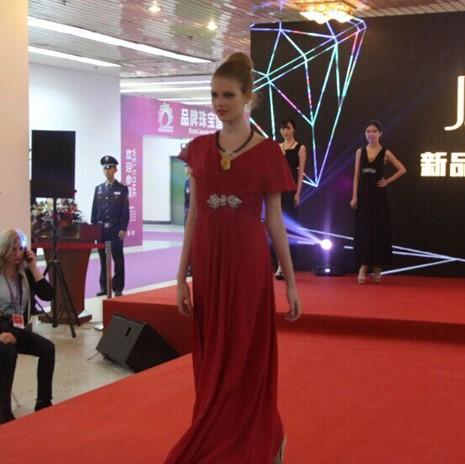 2015年中国国际珠宝首饰展览会T台展示秀-波兰展团